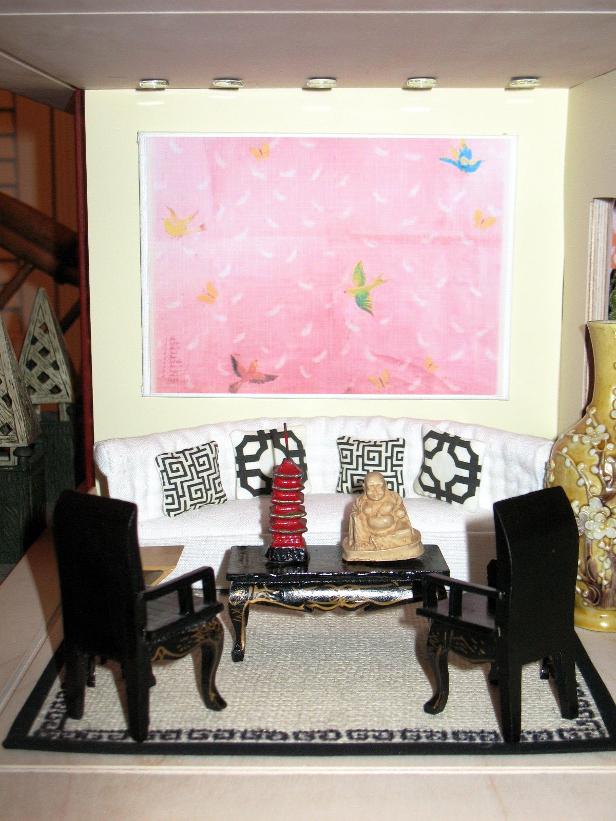 Living Room Feature Wall Decor: Chinoiserie Chic: I'm A Giant Challenge