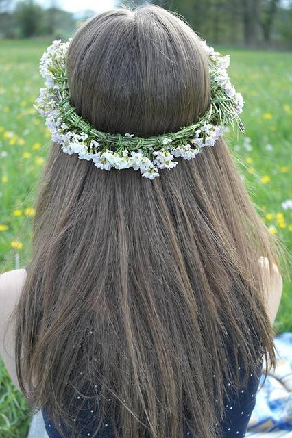 Cara Meluruskan Rambut Keriting Secara Alami, Cepat & Permanen