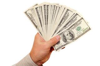 تفسير مشاهدة اعطاء المال للعزباء في المنام