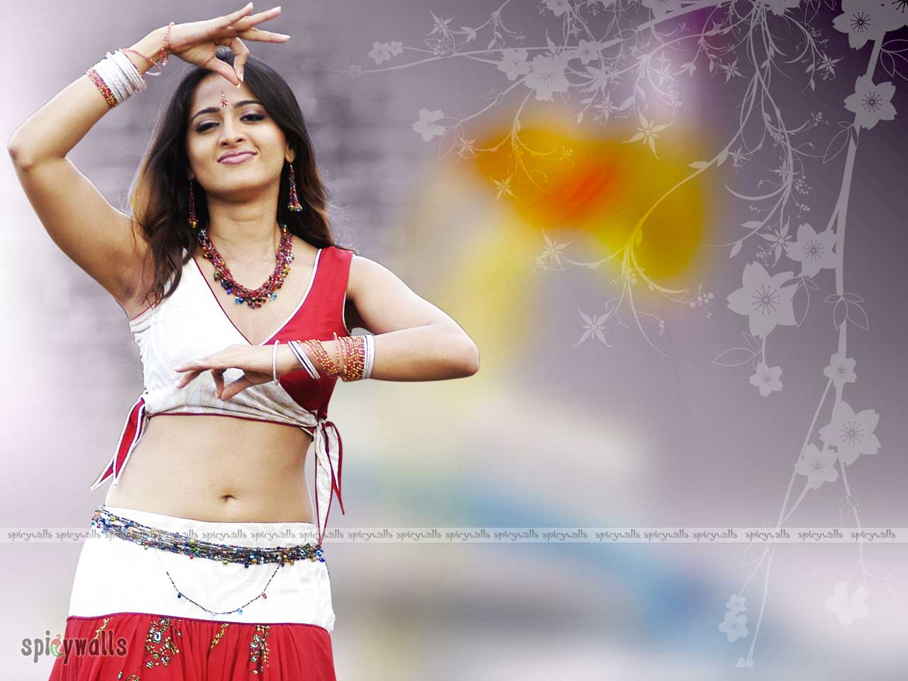 Anushka Hot Wallpapers  Anushka Wallpapers-3811