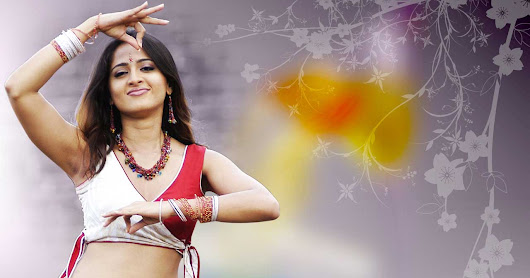 Anushka Shetty Navel Wallpaper