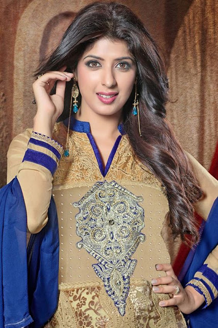 Aishwarya Sakhuja Wiki, Age, Husband, Family, Dramas, Sister, Wedding Biography