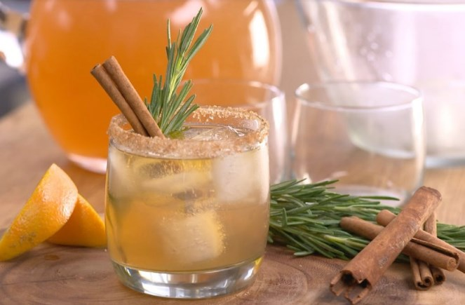 Bourbon Apple Cider #drinks #cocktails