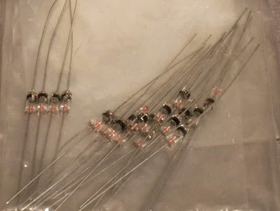 Image of a batch of 1N60 Germanium diodes