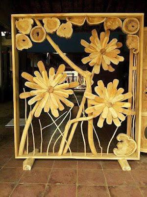 penyekat ruangan motif bunga