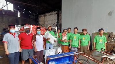 Cheng Hoo Bagikan 1.500 Paket Sembako  dari Donatur