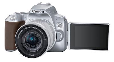 Canon EOS 200D II dengan LCD sentuh vari-angle