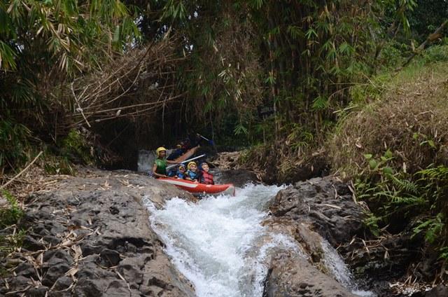 rafting Arung Jeram di Bandung-Lembang