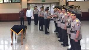 Kapolri Pimpin Upacara Serah Terima Jabatan Kapolda Sulawesi Selatan
