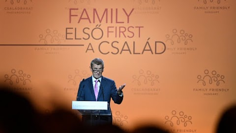 Demográfiai konferencia - A család fontosságát hangsúlyozták európai vezetők
