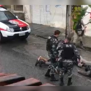 Vídeo mostra desespero de policial que atirou acidentalmente e matou colega na Paraíba