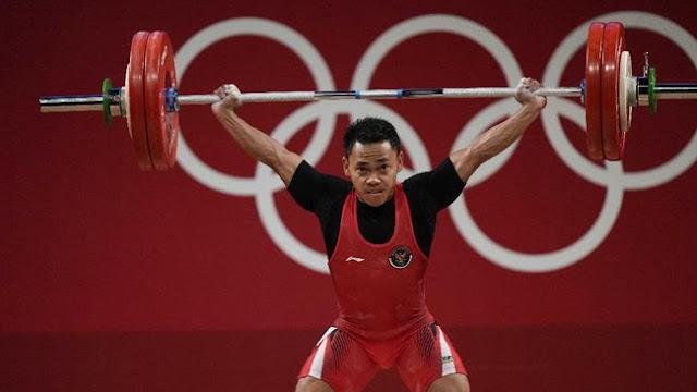 Eko Yuli Irawan Berhasil Meraih Medali Perak Olimpiade Tokyo