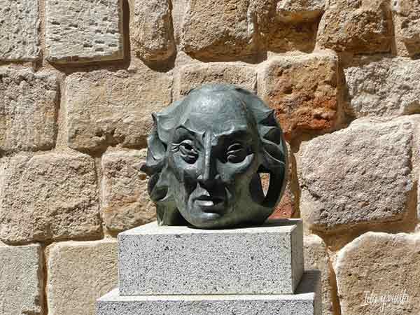 Torres Villarroel en la Cueva de Salamanca