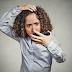 Rambut Rontok Wanita: Haruskah Anda Khawatir?