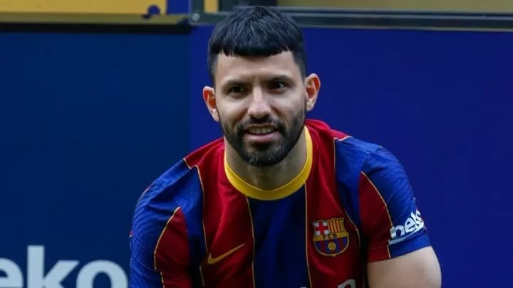 Aguero returns ahead of schedule to train in Barcelona