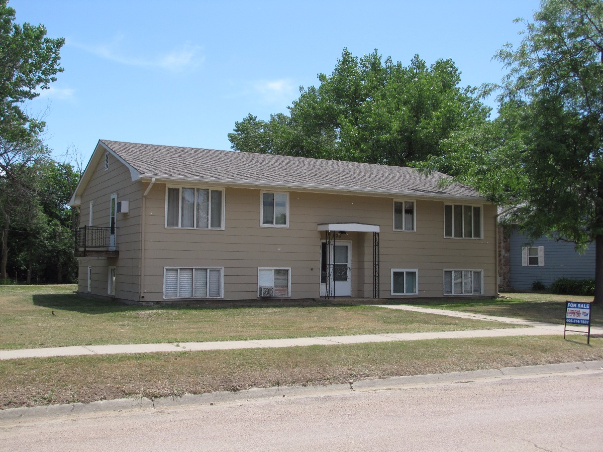 northwest national real estate new listing nice apartment building