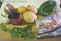 Patatas con pulpo. Guiso tradicional.