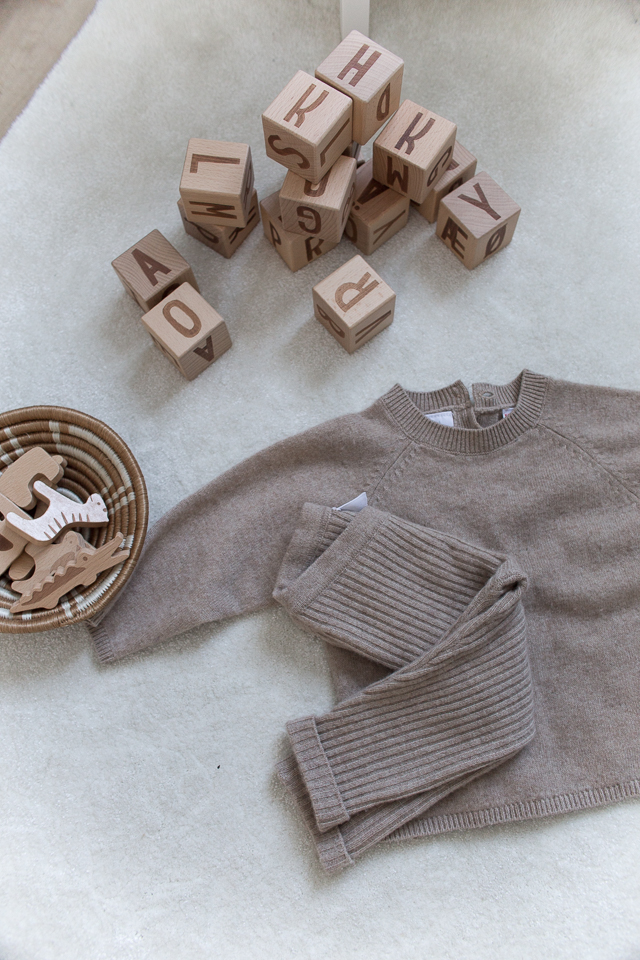 Zara lastenvaatteet, sebrainterior, lastenhuone, lelut