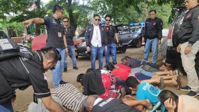 Polisi Gerebek Sebelas Preman Dengan Senpi
