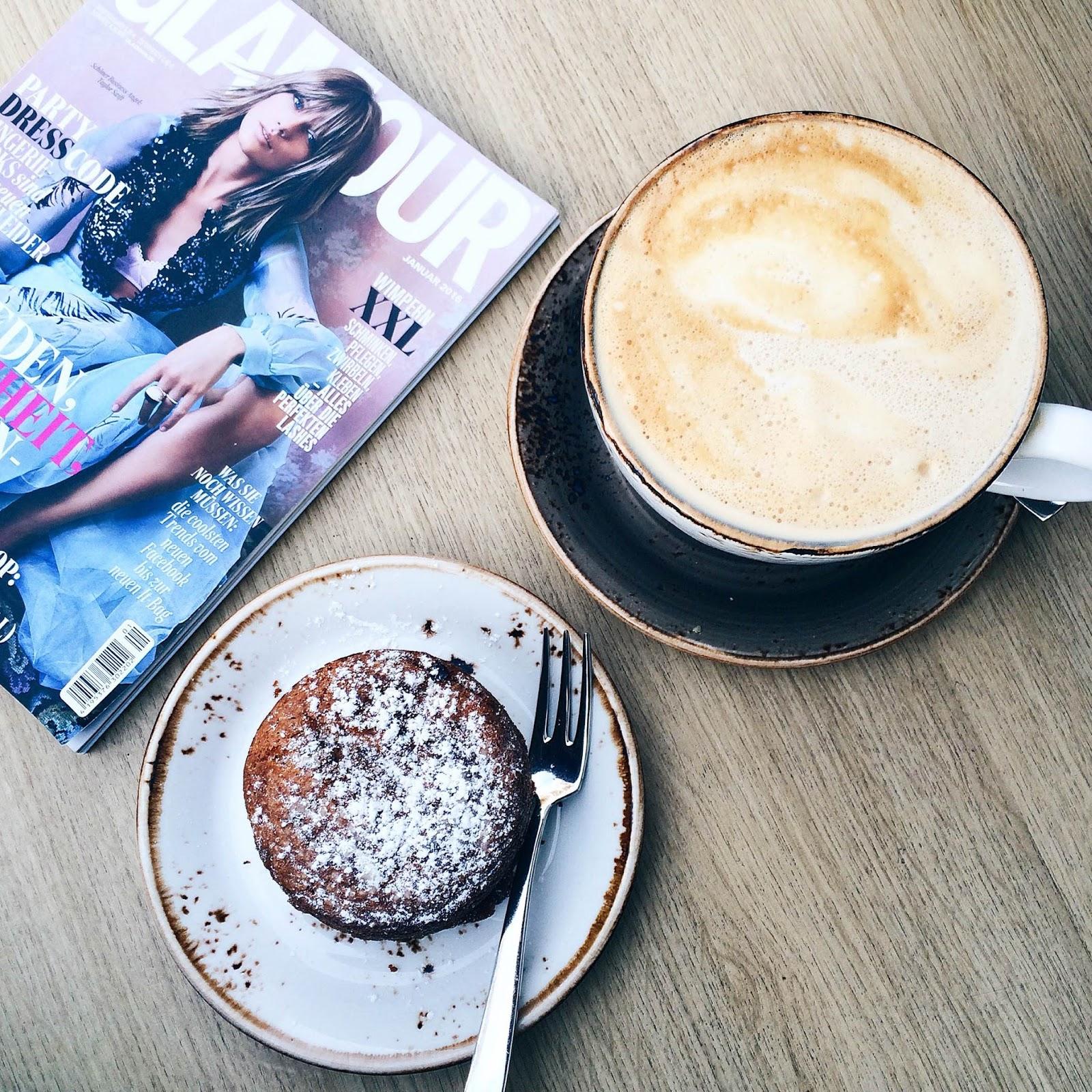 cafe daddy longlegs munich münchen acai bowls healthy breakfast