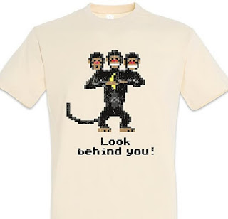 Camiseta Monkey Island - Mono de tres cabezas