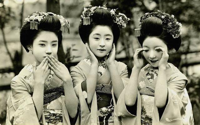 geishas tres monos sabios