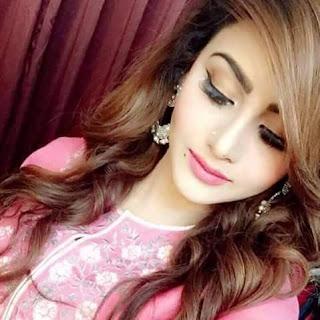 Hot Pakistani