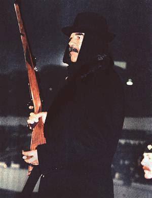 صور صدام حسين المجيد حرب