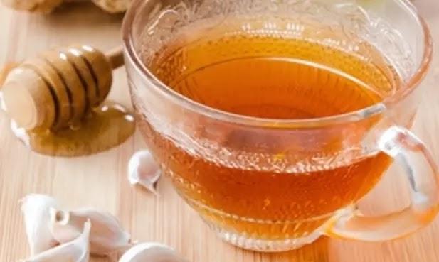 شاي الكركم هو علاج منزلي ممتاز لخفض الدهون الثلاثية