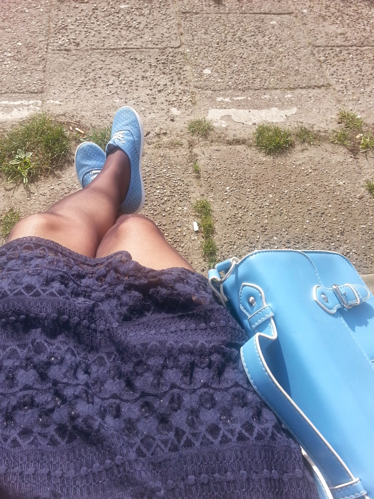 Clothes & Dreams: OOTD: Dress and Sneakers: From where I sit outfit