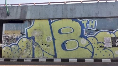 Mural Mirip Jokowi di Bandung Kembali Dihapus, Polisi Buru Pelakunya