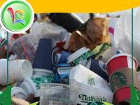 Hebat, Mesin Ini Bisa Menyulap Sampah Plastik Menjadi BBM (Bahan Bakar Mesin)