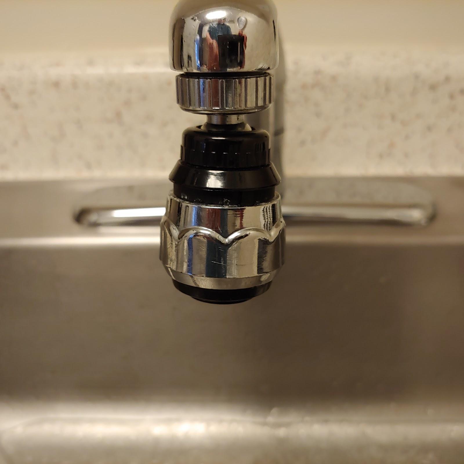 sink sprayer attachment in the kitchen