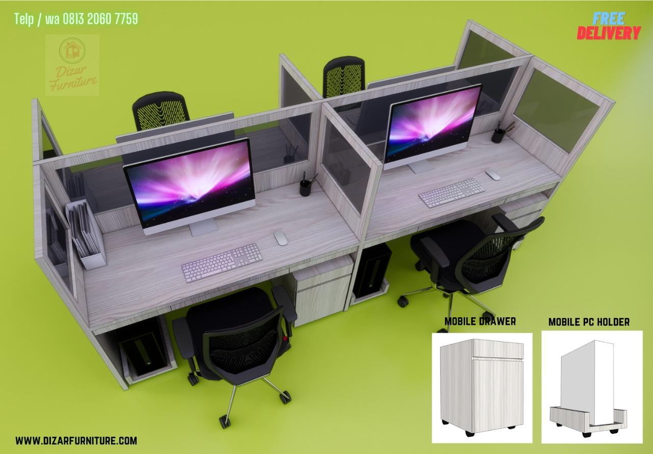 Meja sekat kantor untuk 4 orang