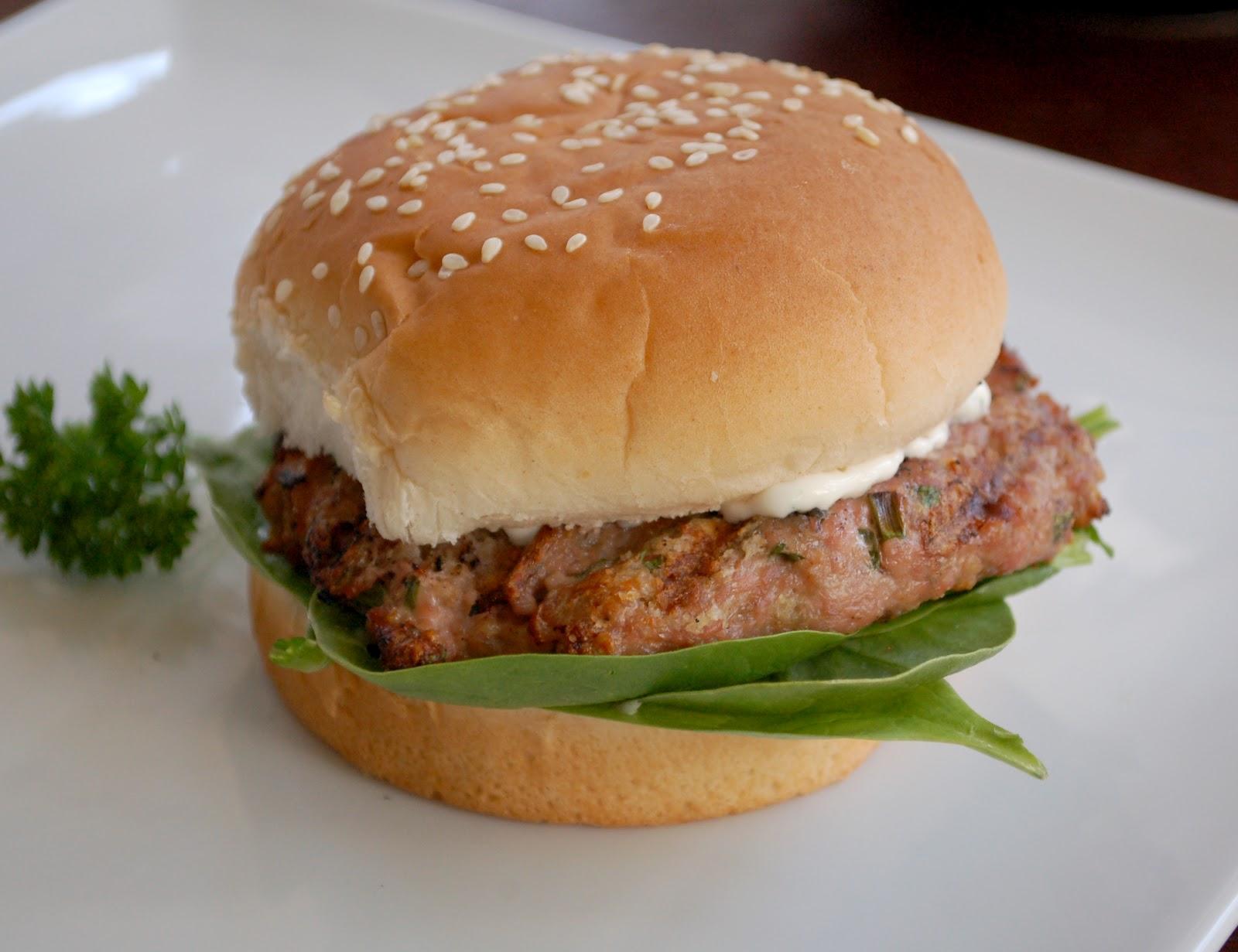 light-in-leaves: Turkey Burgers
