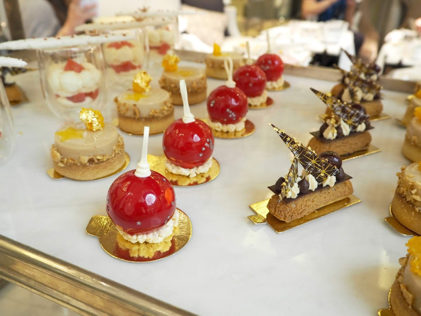 festive cakes afternoon tea the corinthia london