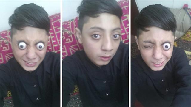 Pakistani Ahmed Ali Eye Popping Skills