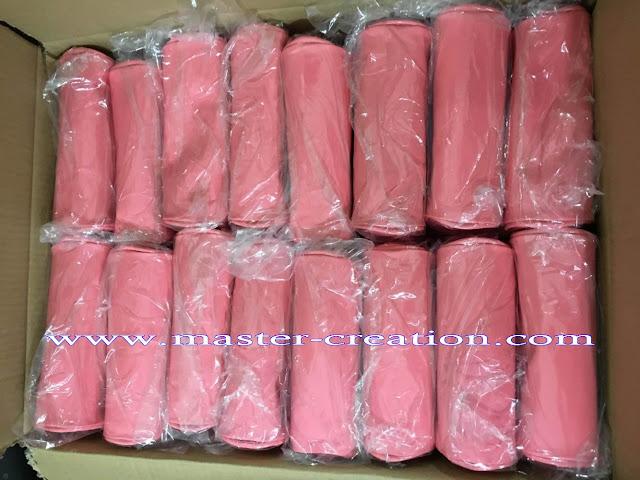 packaging of cosmetic bags