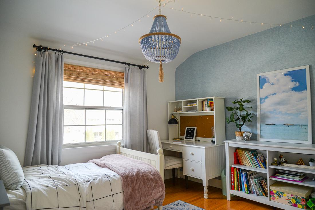 tween girl bedroom, fairy lights tween bedroom, led light bedroom tween