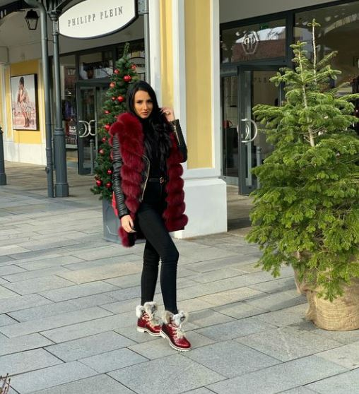 HotMellisa11 Model GlamourCams