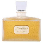 2. Floaral Chypre (Dior, Miss Dior)