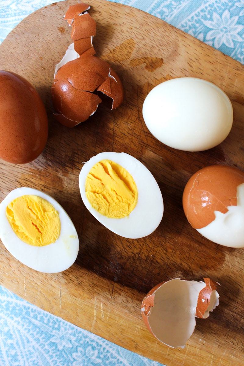 Hard Boiled Eggs cooked in the 8 quart instant pot are insanely easy to peel and are keep for up to one week! #instantpot #hardboiledeggs #eggs