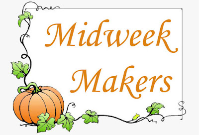 midweek makers with a pumpkin