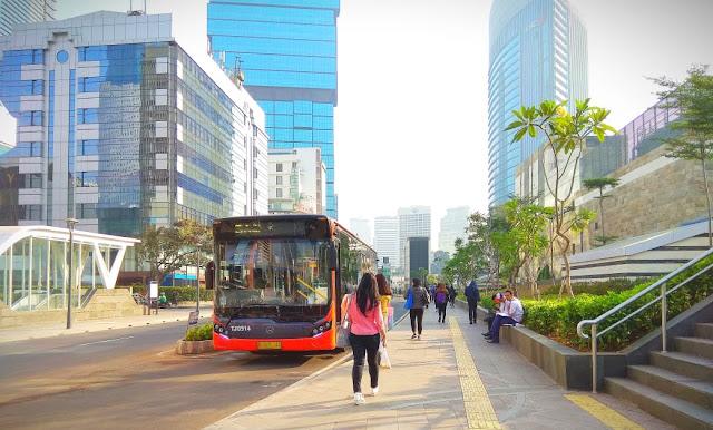 Beralih Ke Transportasi Umum Untuk Mengurangi Polusi Udara