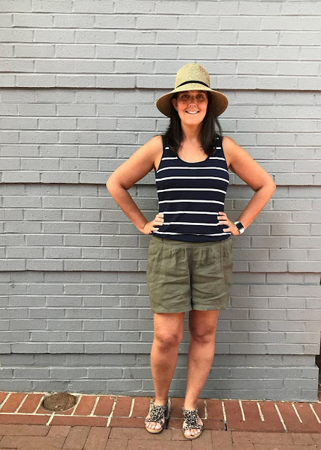 Handmade olive green linen/viscose/lycra shorts made from Veronica Beard fabric and the Simplicity 1887 sewing pattern.