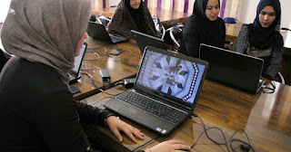 taliban-order-working-women-stay-in-home