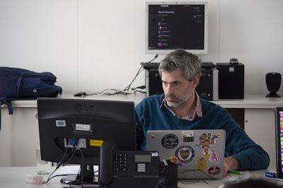 Dimensi Kinerja dan Faktor (Penilaian) Kinerja Karyawan Menurut Para Ahli