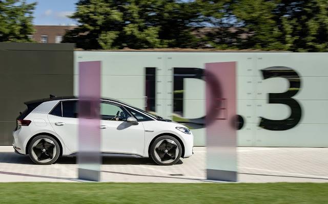 Volkswagen ID3 x Tesla Model 3