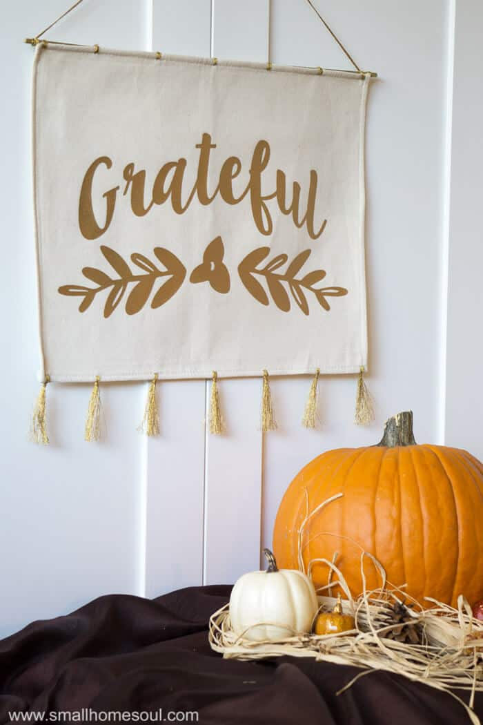 DIY fall hanging art with placemat