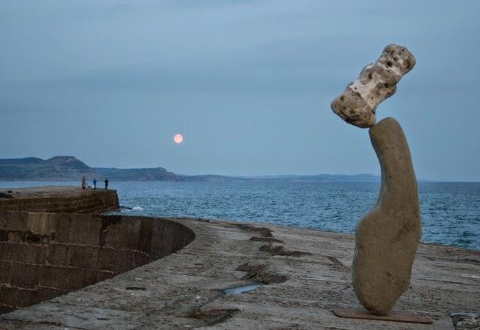 Amazing Stone Balancing Art By Adrian Gray Unbelievable Info
